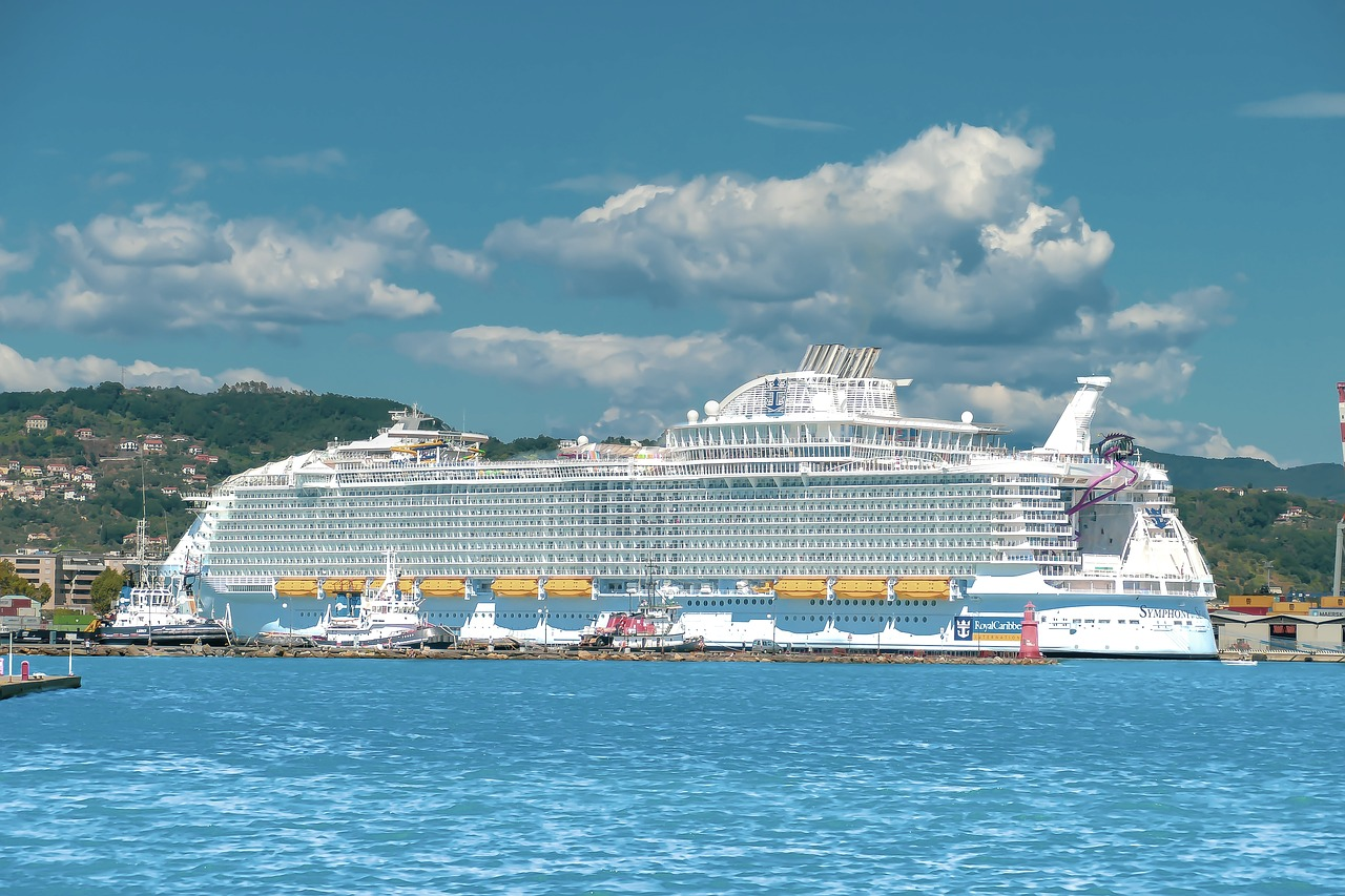 World's largest cruise ship: Symphony of the Seas